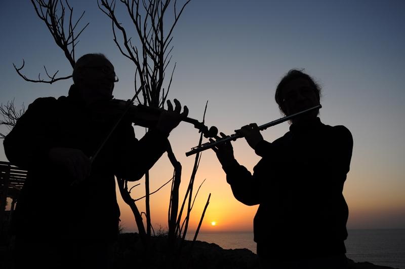 Güneşin doğuşunu keman ve flütle karşıladılar