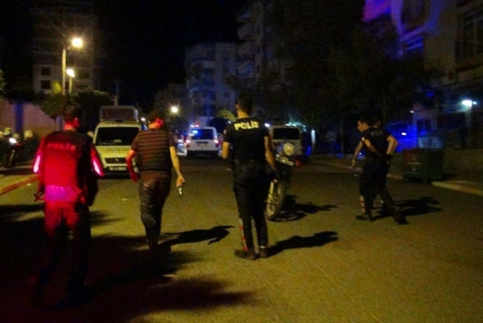 17 Yaşındaki Çocuk 3 Polisi Öldürdü