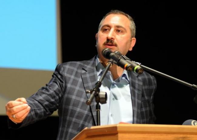 AK Parti Genel Sekreteri Gül: Başkanlık sistemi tek adamlık değildir