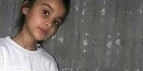 9 yaşındaki kızını döverek öldürdü