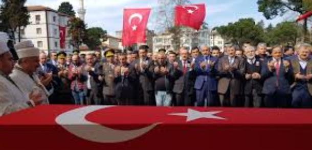 Afrin şehidi Uzman Çavuş  Taner Kart'ı 10 bin kişi uğurladı