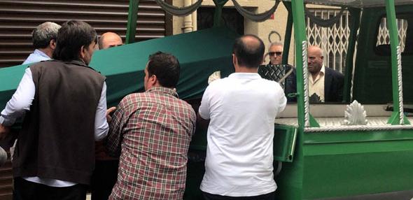 Asansör ile duvar arasına sıkışan işçi öldü