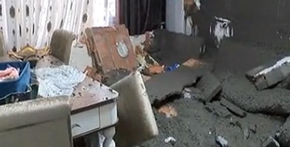 Beton pompası çimento döküp evin duvarını yıktı