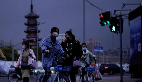 Çinli uzman, koronavirüs salgınının ne zaman biteceğini açıkladı