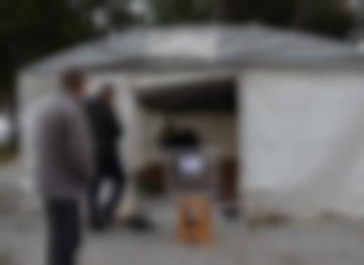 Depremzedeler oylarını çadırda kullanacak