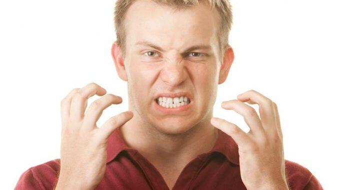 Diş Sıkması Ciddi Problemlere Yol Açıyor