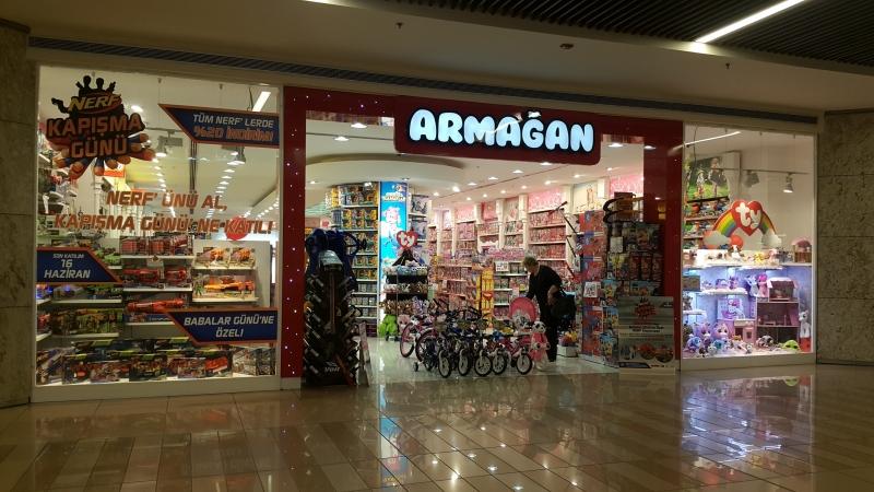 En Popüler Kız Oyuncakları Armağan Çocuk Mağazalarında