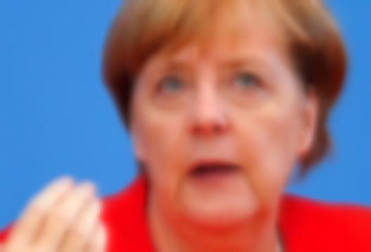 Merkel: Türkiye'yle işbirliği yapmalıyız