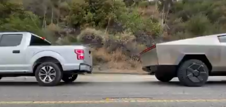 Tesla Cybertruck ve Ford F-150 yarışı