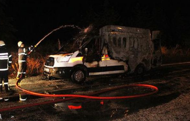 Ambulans'ta oksijen tüpü patladı
