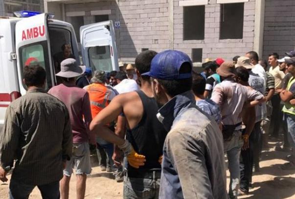 Bir işçi daha inşaattan düşerek öldü