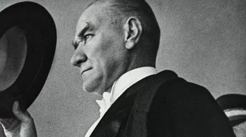 Devlet madalyalarından Atatürk kabartması yine çıkarıldı