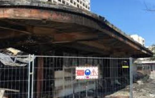 Fransa'da Türklere ait market kundaklandı