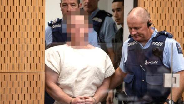 Yeni Zelanda'da camiye saldıran mahkemeye çıktı
