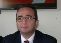 Tezcan: Bu yasak Türkiye'yi diktatörlük sınıfına sokacak uygulamalardır