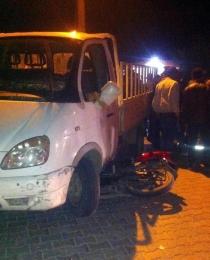 Kaş'ta kamyonetle motosiklet çarpıştı: 1 yaralı