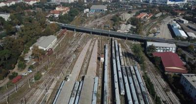 Banliyö hatlarında yeni peronlar