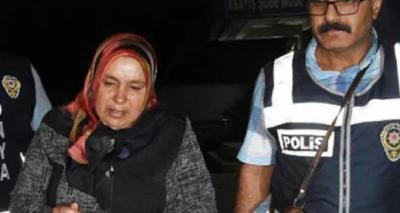 Eşini keserler öldüren kadına ceza indirimi uygulandı