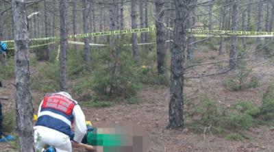 Eskişehir'de bir kadın ayrılmak isteyen nişanlısının boğazını kesti