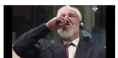 Mahkemede zehir içti