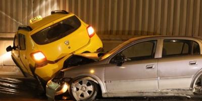 Yol ortasında duran alkollü sürücü yüzünden